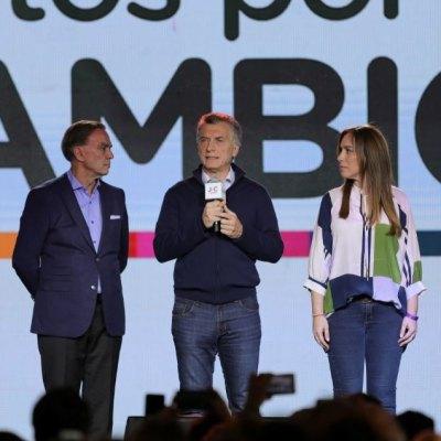Presidente Macri reconoce 'una mala elección' en primarias de Argentina