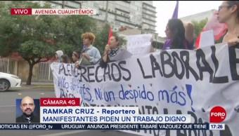 FOTO: Manifestantes protestan frente edificio DIF CDMX