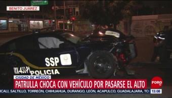 Foto: Patrulla Choca Auto Particular Pasarse Alto Cdmx 22 Agosto 2019