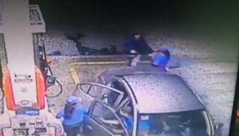FOTO Robo a gasolineras, con violencia, aumenta en Puebla (Noticieros Televisa)