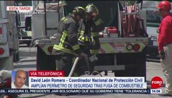 FOTO: Se complica reparación de fuga de combustible en Iztacalco, 24 Agosto 2019