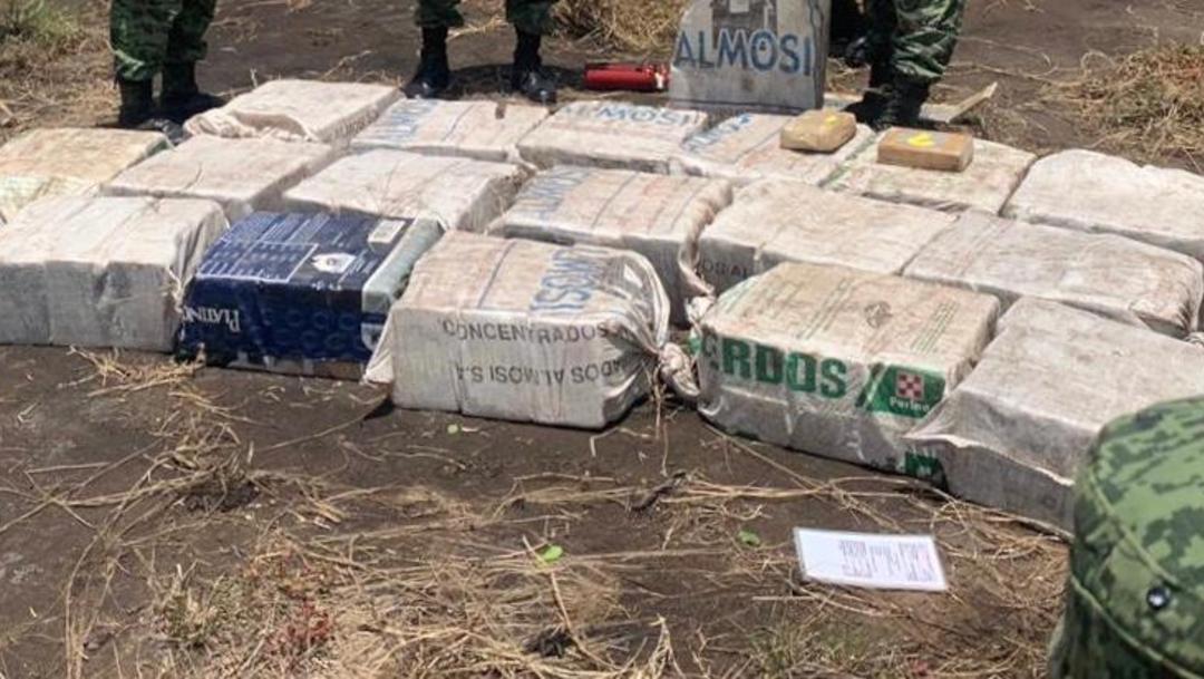 Foto: La aeronave y la droga aseguradas, serán puestas a disposición de las autoridades correspondientes, 5 de agosto de 2019 (Noticieros Televisa)