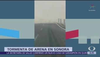Tormenta de arena provoca dos accidentes en Sonora