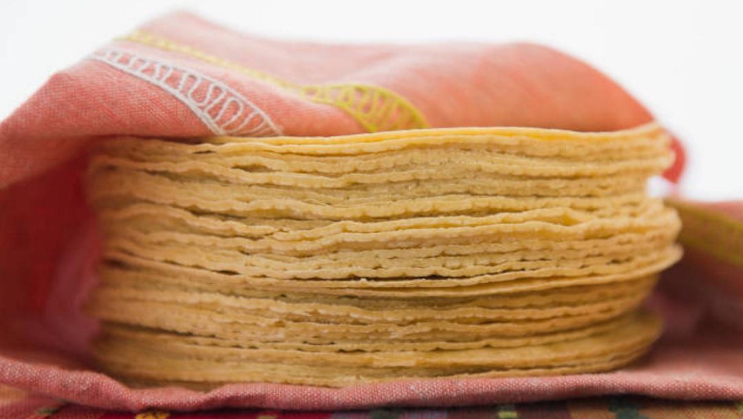 Celaya se queda sin tortillas tras ataque a comercios; los extorsionan
