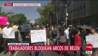 Trabajadores bloquean Avenida Arcos de Belén CDMX por traslado de oficinas