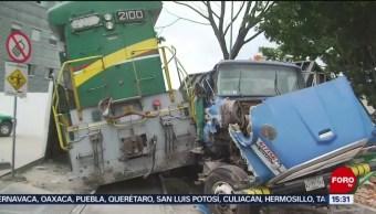 Foto: Tren Choca Contra Camión Chatarra Cdmx 22 Agosto 2019