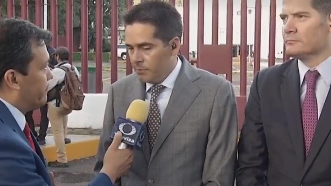 FOTO Xavier Olea, abogado de Rosario Robles, anuncia que impugnarán prisión preventiva (FOROtv)