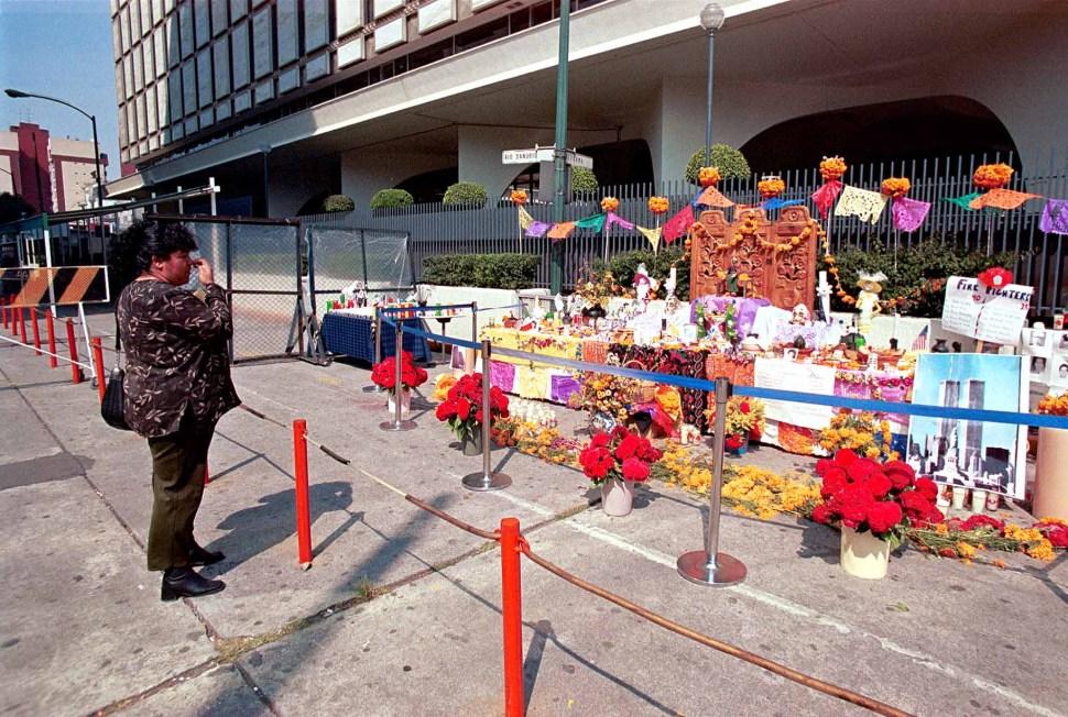 Foto:ofrenda latina a personas fallecidas en el atentado contra las torres gemelas. 11 septiembre 2019.