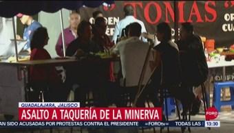 FOTO: Asaltan Taquería Donde Cenaba Portero Chivas