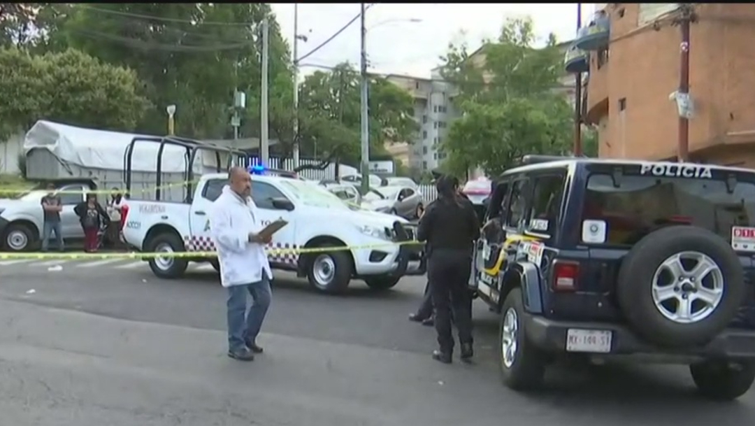 FOTO Atropellan a familia en Álvaro Obregón, CDMX; muere adulto mayor (FOROtv)