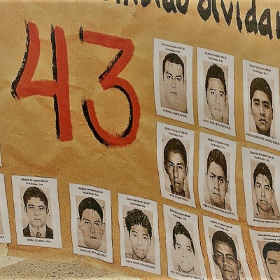 Fotos y videos: Marcha por los cinco años del caso Ayotzinapa