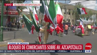 FOTO: Comerciantes Ambulantes Bloquean Avenida Azcapotzalco