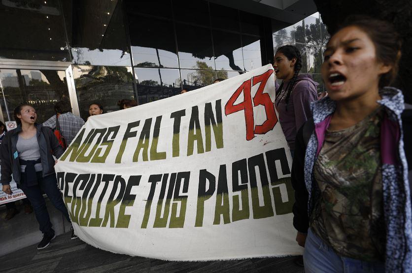 A 5 años de la desaparición de 43 normalistas de Ayotzinapa ...