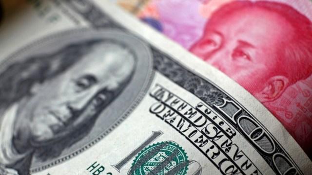 Entran en vigor en EE.UU. aranceles del 15% a parte de importaciones chinas