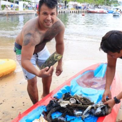Ciudadanos limpian playas de Acapulco, Guerrero