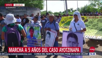 FOTO:Colocan ofrenda en Iguala por caso Ayotzinapa, 27 septiembre 2019