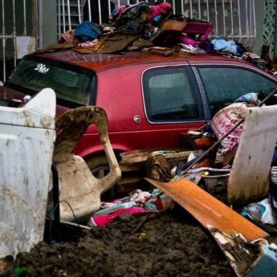 FBI detiene a 3 por fraudes a fondos por huracanes 'Irma' y 'María'