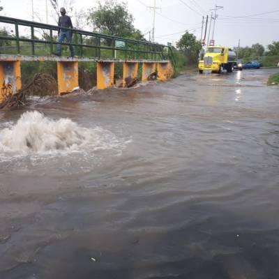 Fuertes lluvias ocasionan inundaciones en Zapopan y Guadalajara, Jalisco