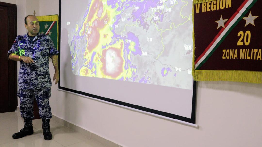 Foto: El fenómeno meteorológico presenta vientos máximos sostenidos de 110 kilómetros por hora con rachas de 140 kilómetros por hora, 18 de septiembre de 2019 (Twitter @gobiernocolima)