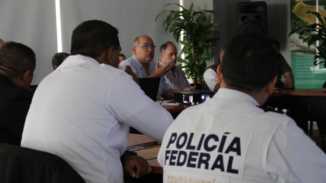 Foto: En reunión, representantes de dichas instancias se comprometieron a intensificar la coordinación para enfrentar el tráfico ilegal de especies, 27 de septiembre de 2019 (Twitter @PROFEPA_Mx)