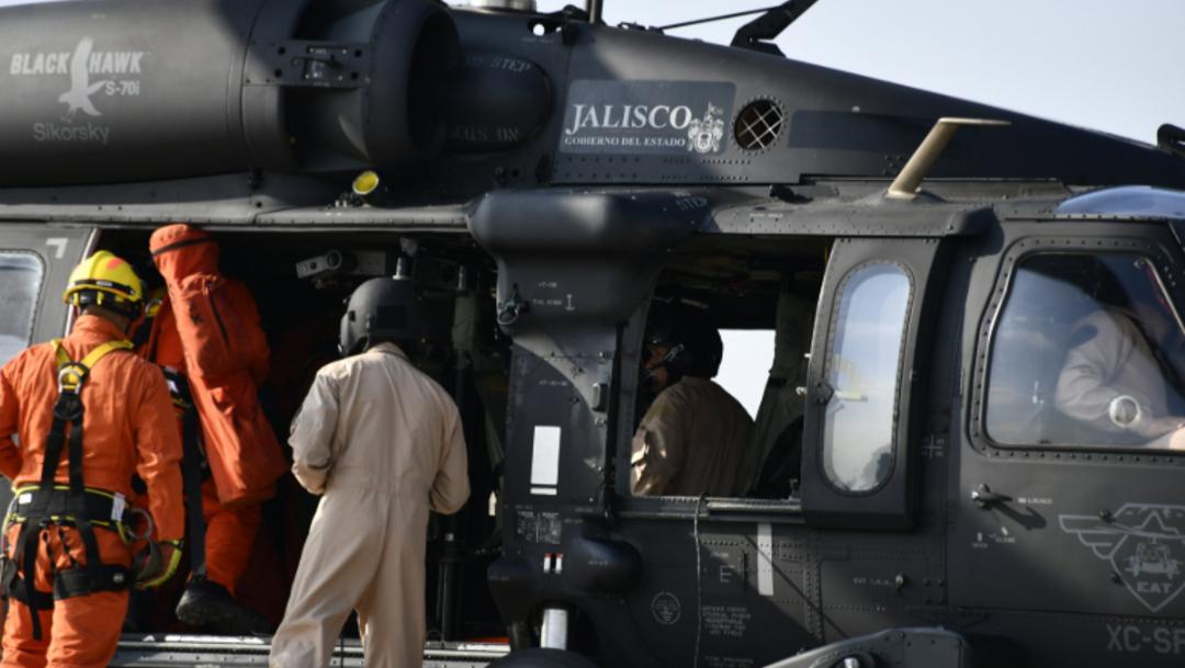 Foto: Un helicóptero Black Hawk de la Secretaría de Seguridad Pública realiza sobrevuelos, 9 de septiembre de 2019 (Twitter @PCJalisco)