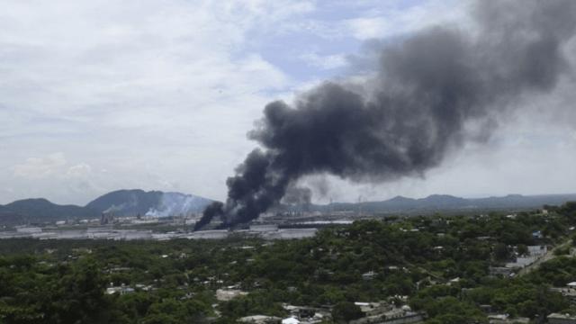 Explosión en refinería de Oaxaca.