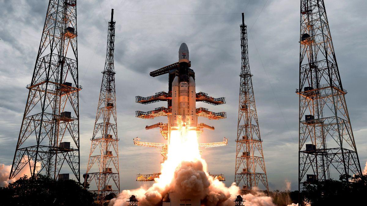 Foto: La Organización de Investigación Espacial India (ISRO) lanza un cohete con la sonda Chandrayaan-2. AP/Archivo