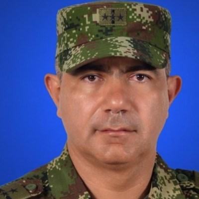 Renuncia el director de inteligencia militar de Colombia por fotos de Venezuela