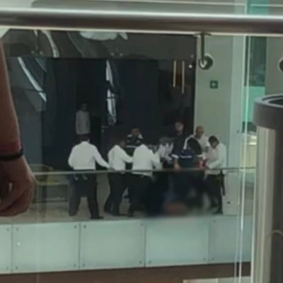 Video: Taclean, desarman y golpean a presunto delincuente, tras robo