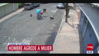Hombre empuja y lanza al piso a mujer en la Miguel Hidalgo