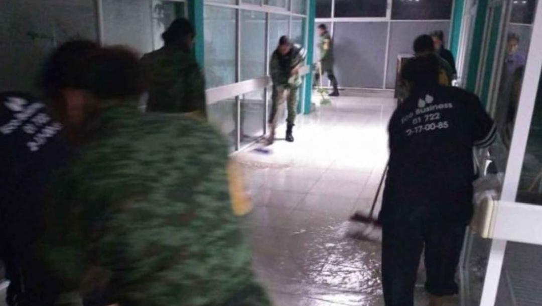 Foto: Las fuertes lluvias inundaron las instalaciones de hospital José María Rodríguez, ubicado en Ecatepec, 25 septiembre 2019