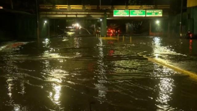 FOTO Lluvias en Guadalajara provocan inundaciones (Noticieros Televisa)