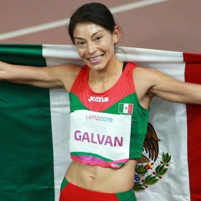 Roban 38 mil pesos a la medallista Laura Galván cuando salía del banco