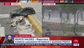 FOTO: Porros Lanzan Petardos Queman Piñata Dentro Prepa 8