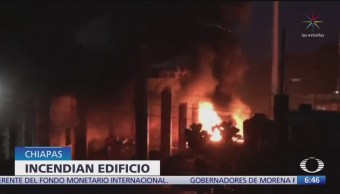 Prenden fuego al edificio de Presidencia Municipal de Escuintla, Chiapas
