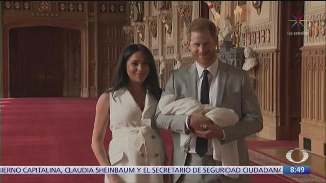 Príncipe Harry, Meghan Markle y su hijo inician tour por África