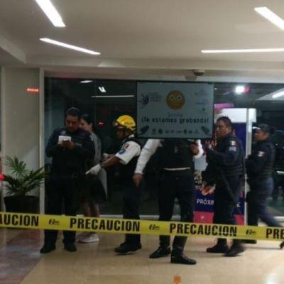 Matan a un hombre en estacionamiento de Plaza Bugambilias en Cuernavaca
