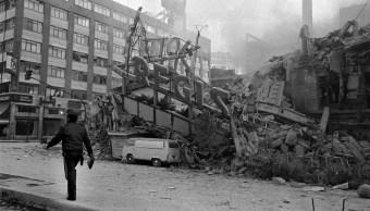 Entrevista Enrique Metinides sobre el terremoto de 1985