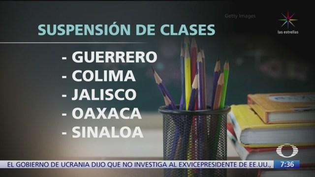FOTO: Suspenden clases