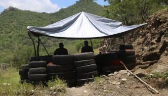 Imagen: Elementos de la Policía Michoacán y Municipal realizan un operativo en la carretera Tepalcatepec-Jilotlán de los Dolores a la altura del crucero Cholula, el 10 de septiembre de 2019 (Juan José Estrada Serafín /Cuartoscuro.com)