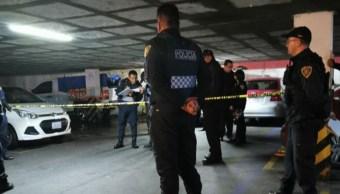 Foto: El hombre herido corrió y murió adentro del estacionamiento de la unidad habitacional, 19 septiembre 2019