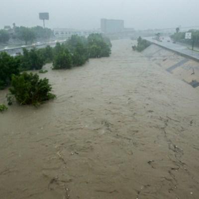 Recuento de daños y rescates en Nuevo León por el paso de 'Fernand'
