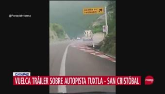 FOTO: Vuelca tráiler sobre autopista Tuxtla-San Cristóbal, 27 septiembre 2019