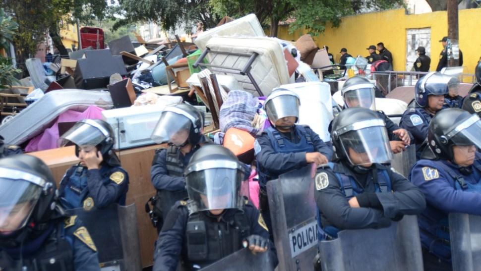 Foto: Personal de la Policía Metropolitana refirió que sólo dos de sus elementos resultaron con lesiones leves, 15 de octubre de 2019 (Armando Monroy /Cuartoscuro.com)