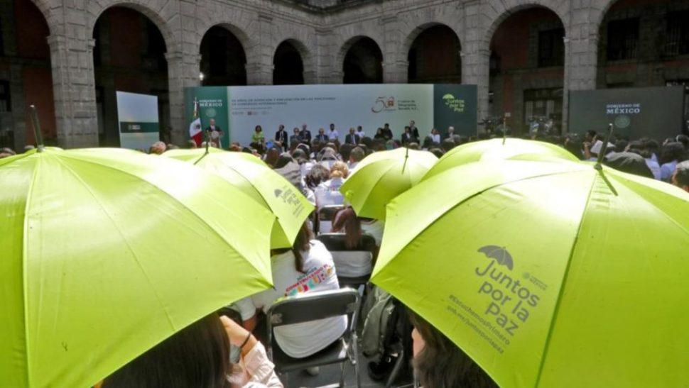 FOTO AMLO combate fantasías de la narcocultura con 'Juntos por la Paz'