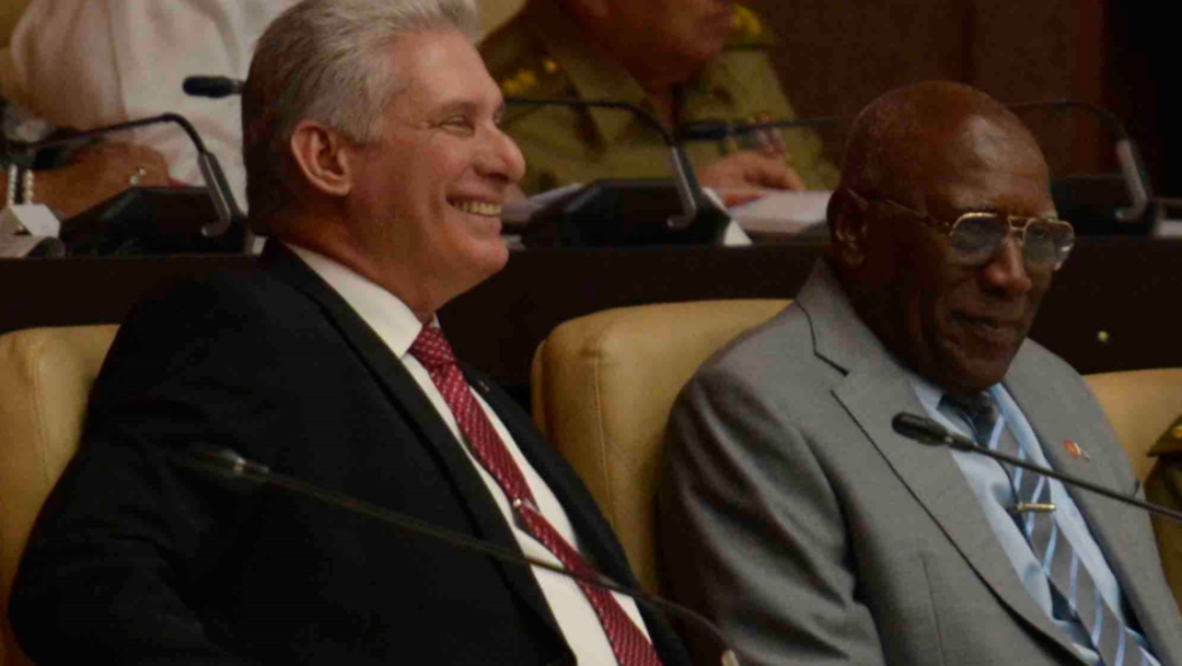 Imagen: La última visita de estado de un mandatario cubano a México la efectuó Raúl Castro en 2015, en la gestión de Enrique Peña Nieto, 14 de octubre de 2019 (Twitter @PresidenciaCuba)