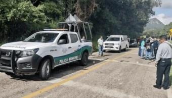 Foto: Fueron sorprendidos por cuatro sujetos armados a bordo de dos camionetas, 23 de octubre de 2019 (Twitter @Legislador43)