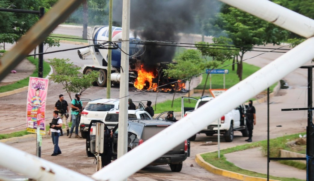 Foto: Tras los enfrentamientos de esta tarde en Culiacán, Sinaloa, se registraron daños materiales así como 21 personas lesionadas y dos muertos
