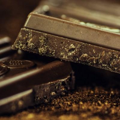 ¿Qué beneficios tiene el chocolate negro para tu salud?
