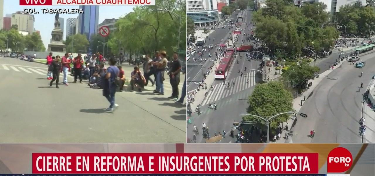 Bloqueo de recicladores en Reforma e Insurgentes provoca caos vial en CDMX